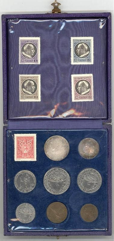 1946 Vatican City 8 Coin Mint Set Cased Photo