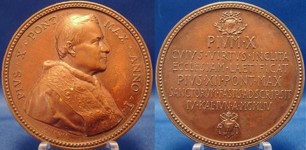 Pius XII 1954 Canonization of Pius X Medal Photo