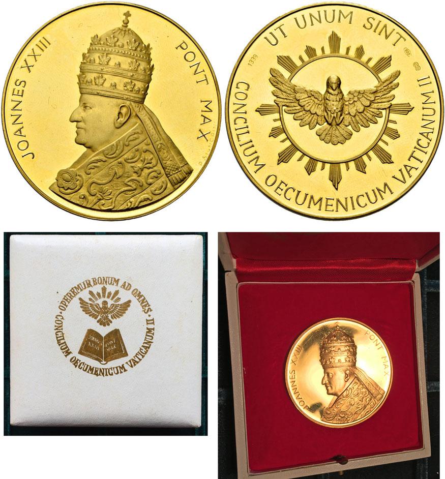John XXIII 2nd Vatican Council Gold 50mm Photo