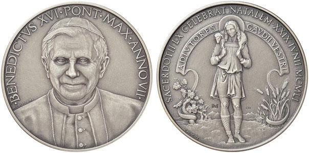 Benedict XVI Anno VII (2011) Silver Medal Photo