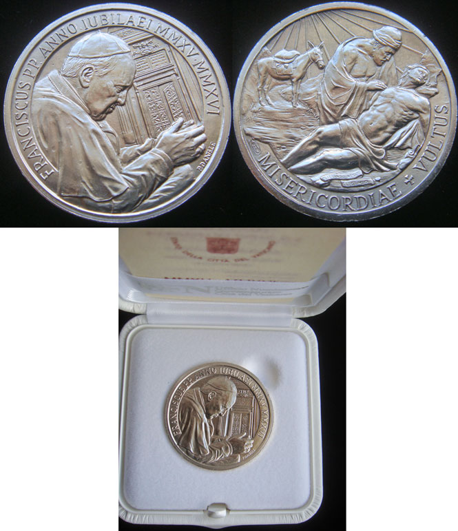 OFFICIAL Vatican Holy Year 2015-16 Ag Medal 35mm Photo