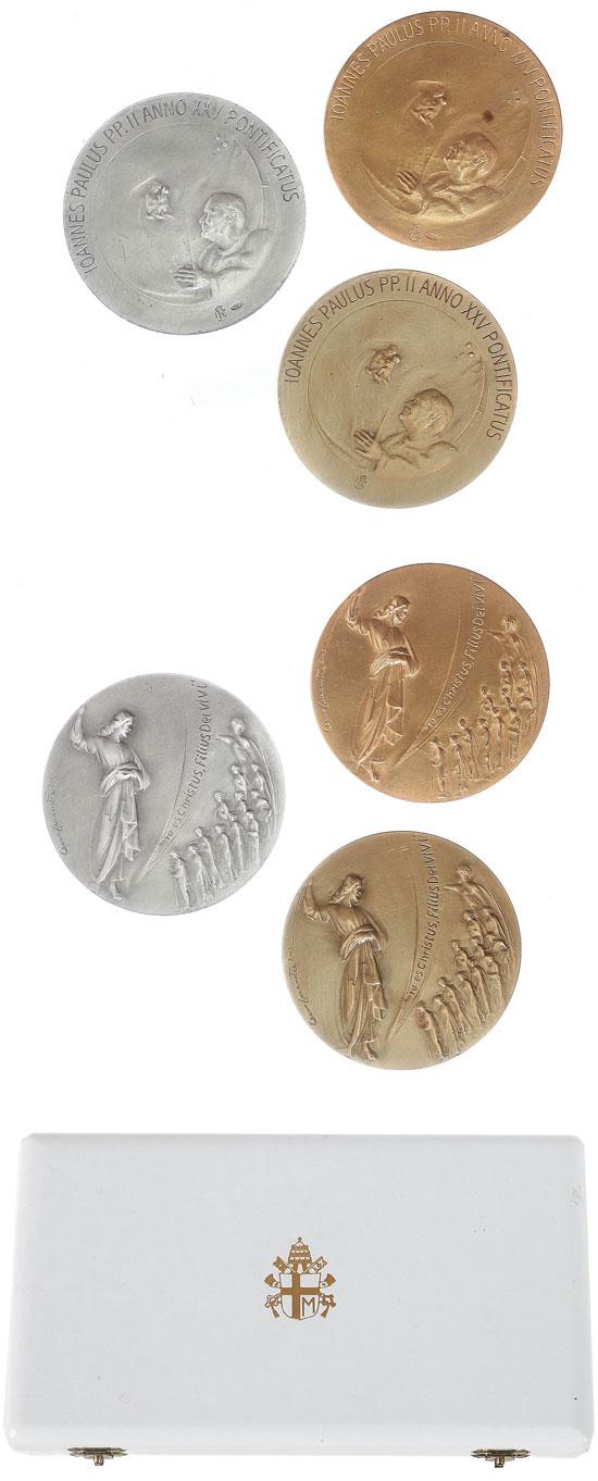 John Paul II A.XXV Gold, Silver & Bronze Set Photo