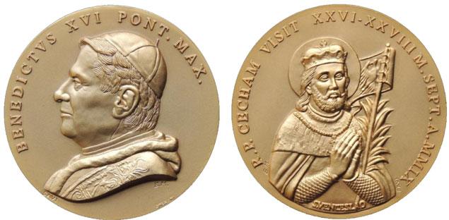 Benedict XVI 2009 Czech Republic Trip Medal Photo