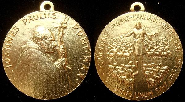 John Paul II 1989 Trip to Scandanavia Medal Photo