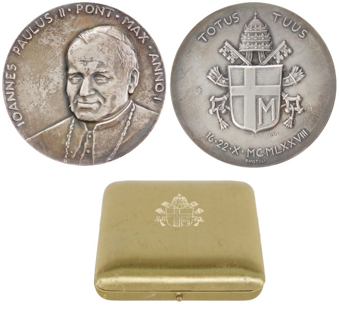 John Paul II Silver Medal Anno I Election Photo