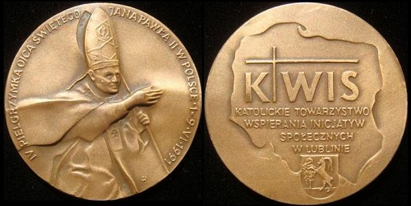John Paul II 1991 Poland Trip Medal Photo
