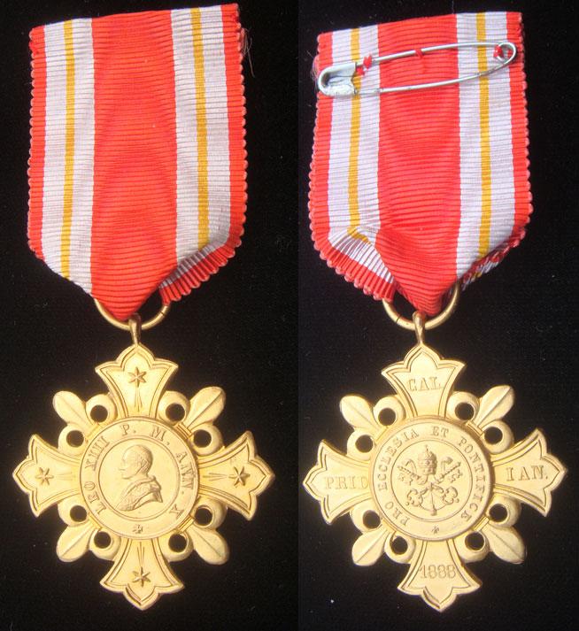 Pro Ecclesia et Pontifice Vatican Award Medal Photo