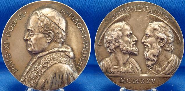 Pius XI 1925 Jubilee 55mm Saints Medal Photo