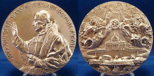 Pius XII 1950 Holy Year Angels Medal Photo