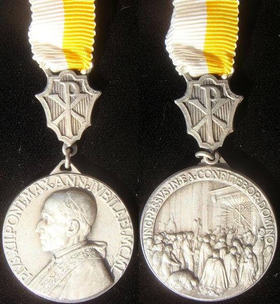 Pius XII 1950 Holy Year Pilgrim's Medal Photo