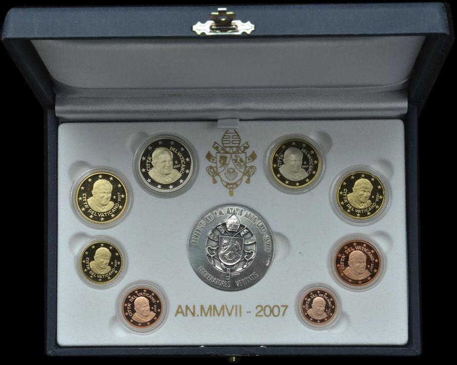 2007 Vatican Proof Set, 8 Euro Coins Photo