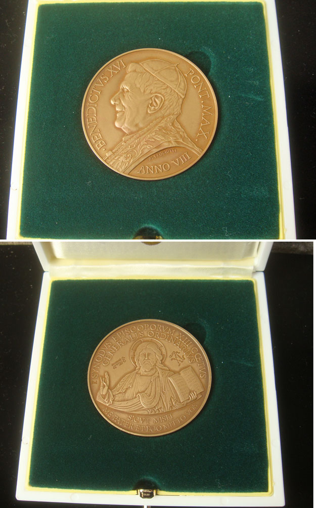 Benedict XVI A.VIII Br Medal Synod of Bishops Photo