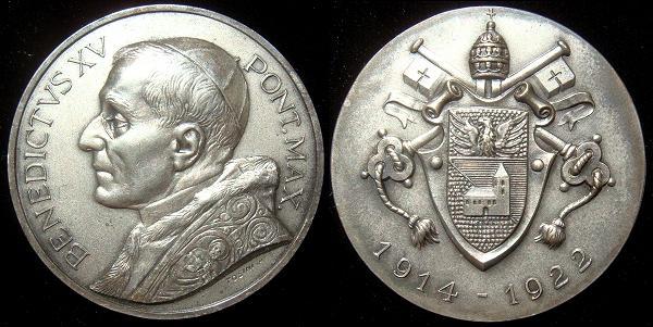 Benedict XV (1914-22) Coat of Arms 50mm Photo