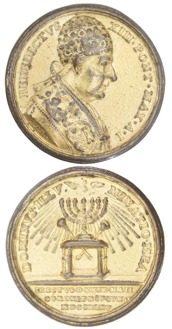 Benedict XIII 1724 Menorah Medal Photo