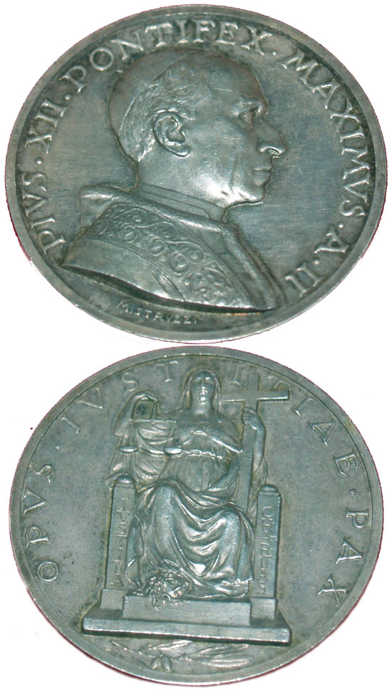 Pius XII (1939-58) Anno II Silver Medal Photo