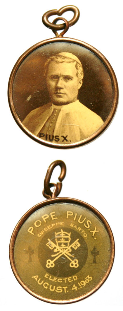 Pius X Sepia Picture Medal Pendant 1903 Photo