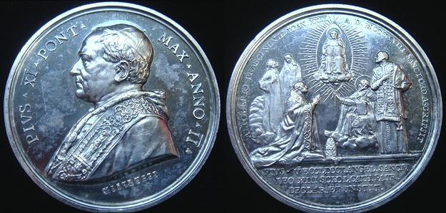Pius XI (1922-39) Anno II Silver Medal Photo