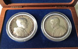 Two Pius XII Silver Medals, Wood Case Thumbnail